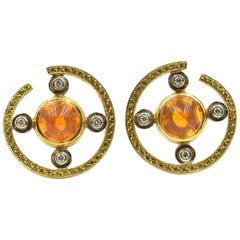 18 Karat Gold, Fire Opal with 0.96 Carat Round White and Yellow Diamond, Earring