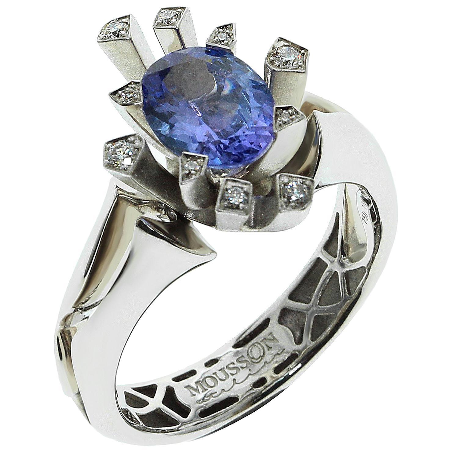 Tanzanite Diamonds 18 Karat White Gold Snowflake Ring