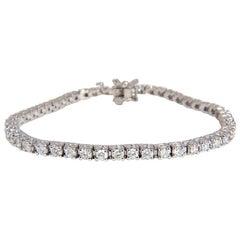 3.66 Carat Natural Diamonds Classic Butterfly Clasp Tennis Bracelet 14 Karat