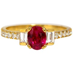 GIA Certified 1.92 Carat Natural Ruby Diamonds Ring 18 Karat Vivid Red