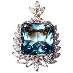 Brooch/Pendant with Aquamarine and Diamonds, 18 Karat Gold
