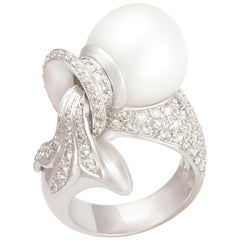 Ella Gafter Zodiac Aquarius Ring with South Sea Pearl and Diamonds
