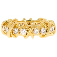 Yellow Gold Band with Diamond