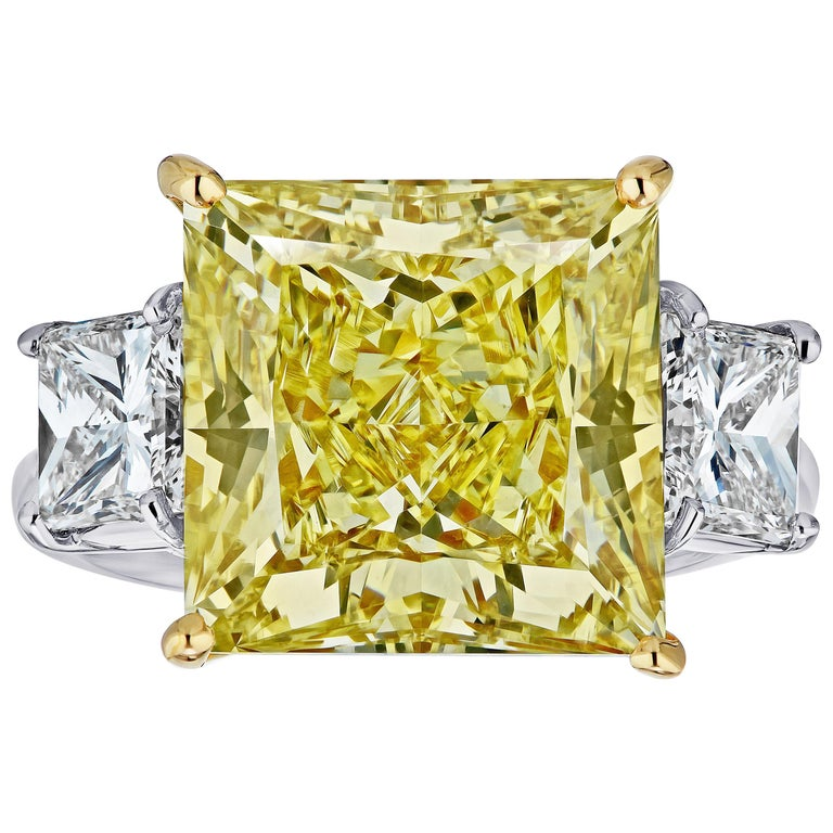 GIA Certified 11.11 carats Princess Cut Fancy Yellow VS1 Diamond Ring For Sale