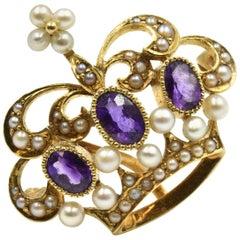 Vintage Amethyst and Pearl Crown Pin 14 Karat Yellow Gold