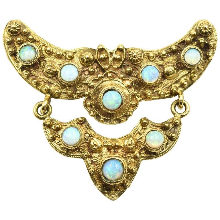 Vintage 14 Karat Yellow Gold Pin Set with Opal Gemstones