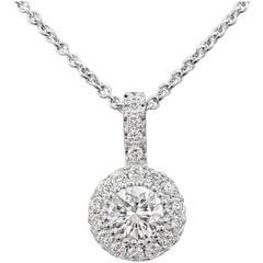 14 Karat White Gold Round Diamond Cluster Pendant Necklace