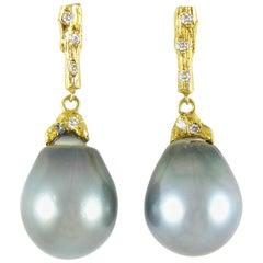 Tahitian Pearl Earrings in Yellow Gold with Diamonds