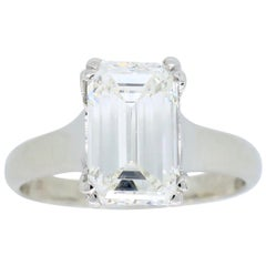 2.00 Carat Emerald Cut Diamond Solitaire Engagement Ring in Platinum