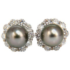 Natural Tahitian Pearls 1.80 Carat Diamonds Cluster Earrings 14 Karat g/vs