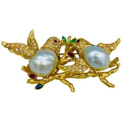 18 Karat Gold Diamond Love Dove Brooch