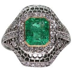 Modern Art Deco Style Platinum 1.42 Carat Emerald and Diamond Ring