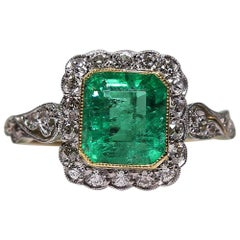 Antique Edwardian 18 Karat Gold 1.69 Carat Emerald and Diamond Ring