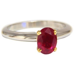 GIA Certified 1.23 Carat Natural Ruby Ring 18 Karat / Platinum Engagement