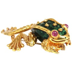 18 Karat Toad Pin Green Enamel Intricate Detail 3D Vintage Unique