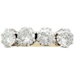1940s 2.34 Carat Diamond and Yellow Gold Dress Ring