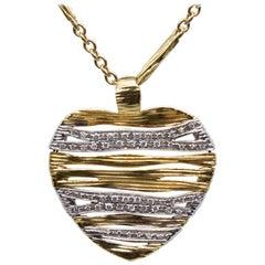 Designer Roberto Coin Estate 18 Karat Gold Round Diamond Heart Necklace Chain