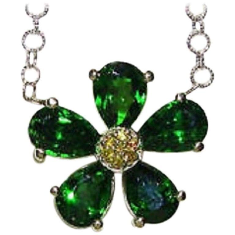 4.60 Carat Natural Tsavorite Yellow Diamond Pendant