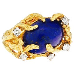 1970s La Triomphe 18 Karat Gold Lapis Lazuli Diamond Naturalistic Cocktail Ring