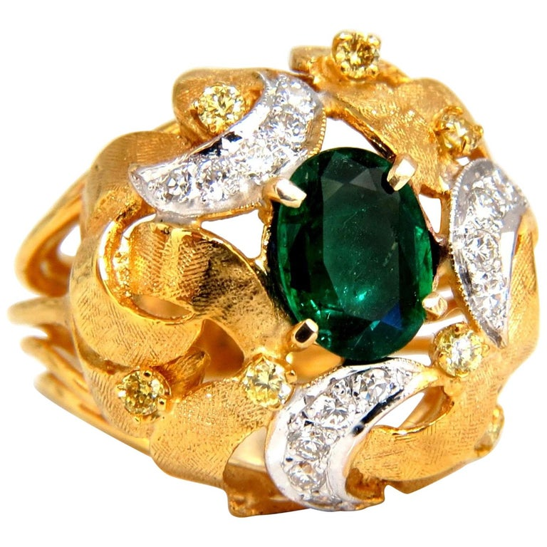 2.08 Carat Natural Oval Emerald Diamond Ring 14 Karat Florentine Dome For Sale