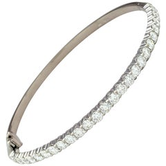 18 Karat White Gold Hearts on Fire Diamond Bangle Bracelet 2.25 Carat
