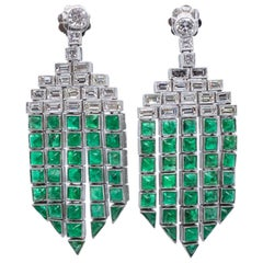 Platinum Diamond and Emerald Chandelier Art Deco Dangle Earrings