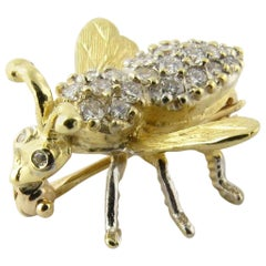18 Karat Yellow Gold and Diamond Bee Brooch Pin