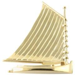 14 Karat Yellow Gold Sailboat Pin or Brooch