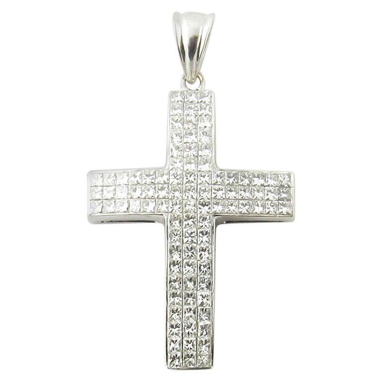 14 Karat White Gold Princess Diamond Cross Pendant
