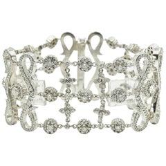 19.02 Carat Diamond 14 Karat White Gold Flexible Elegant Bracelet
