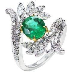 Studio Rêves 18 Karat Gold, Emerald and Diamond Ring