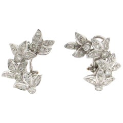 Leaves 18 Carat White Gold Diamonds Stud Earrings