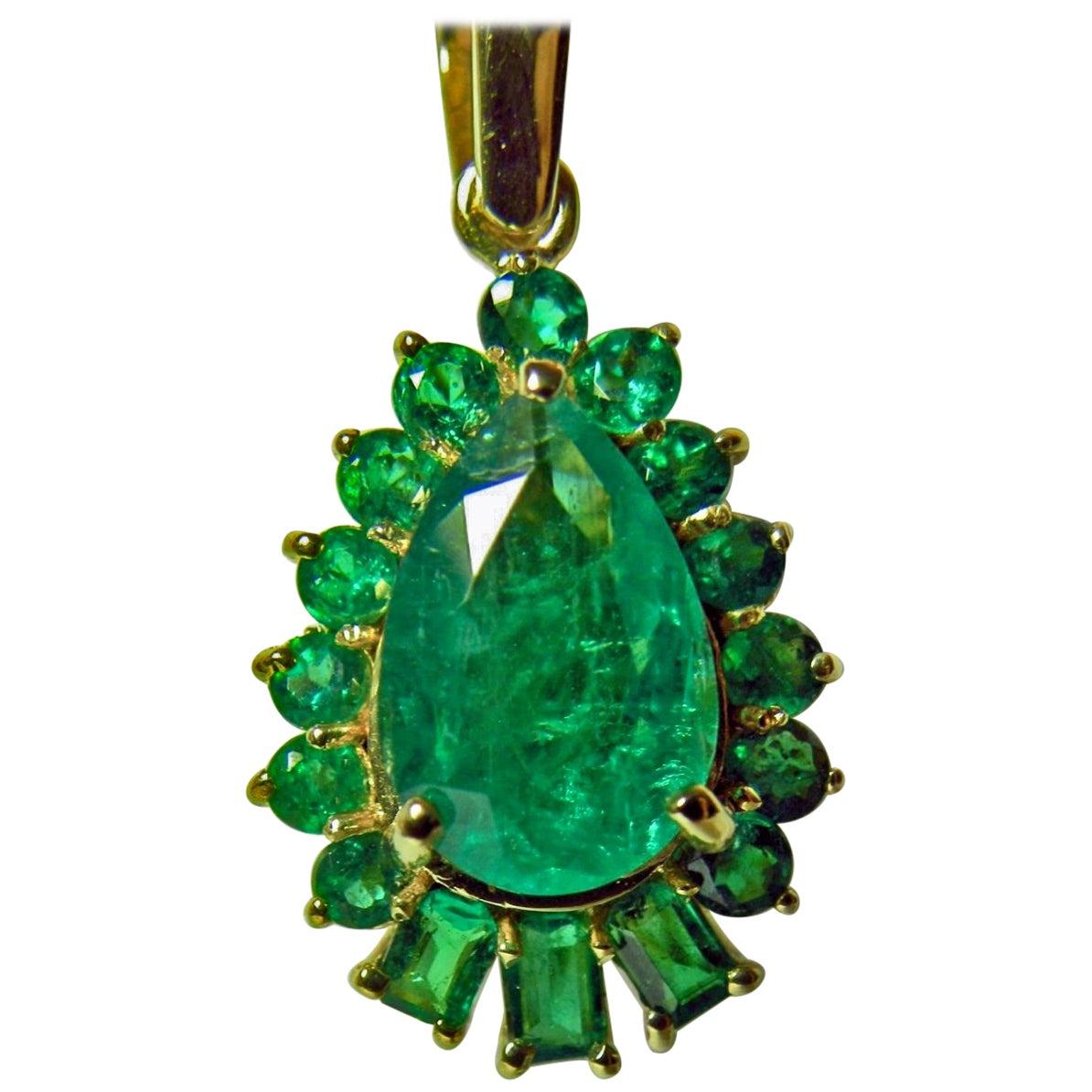 5.20 Carat Best Color Colombian Emerald Solitaire Drop Pendant Necklace 18K