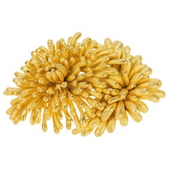 Magnificent 18 Karat David Webb Floral Brooch