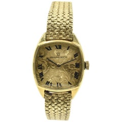 Ladies Vintage Universal Geneve 18 Karat Yellow Gold Watch Cal. 42