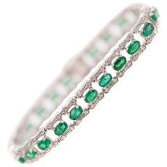 1960s 7 Carat Emerald and 1 Carat Diamond 14 Karat White Gold Bracelet
