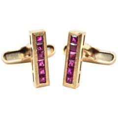 1950s 1.00 Carat Ruby 14 Karat Yellow Gold Cufflinks