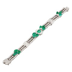 Matilda Dodge Wilson's Art Deco Carved emerald bracelet