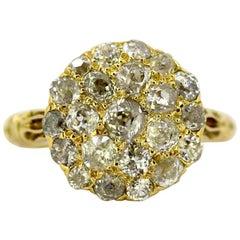 Vintage 18 karat Gold Ladies Ring with Diamonds, Made in London, circa 1950s