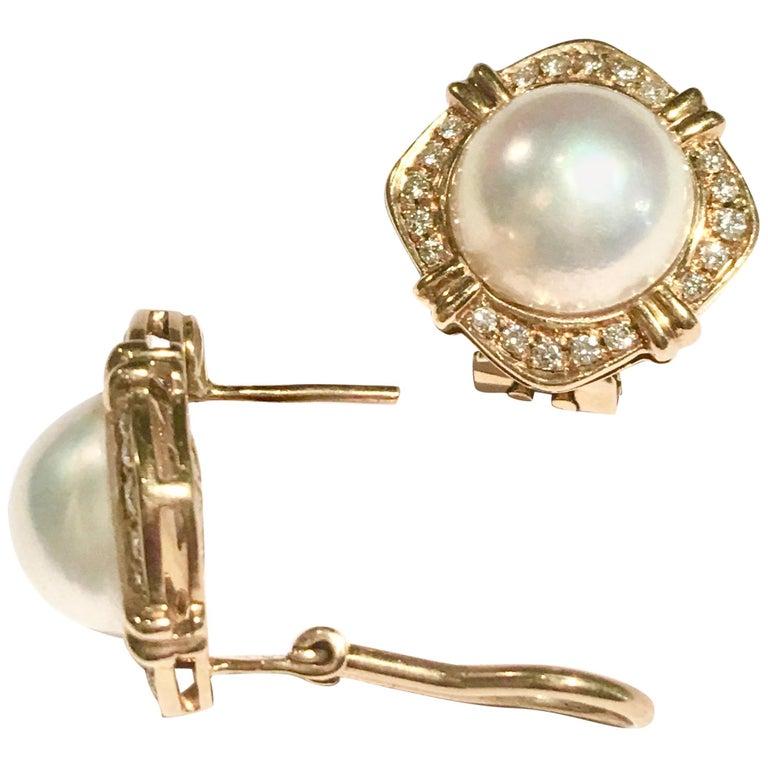 Mabe Pearl and Diamonds 18 Karat Yellow Gold Earrings