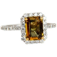 2.60 Carat Natural Vivid Golden Sapphire Diamonds Ring 14 Karat Halo Classic