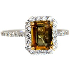 2.60 Carat Natural Vivid Golden Sapphire Diamonds Ring 14 Karat Halo Classic