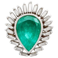 1980s 8.82 Carat Emerald and 1.58 Carat Diamond White Gold Cocktail Ring