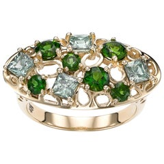 14k karat yellow gold with 1.37 carat Green Sapphire cocktail ring