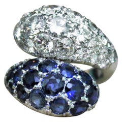 2.30 Ct Blue Sapphires 2.34 Ct Round Diamonds White 18K Gold Dome Contrariè Ring