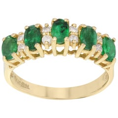 14 Karat Yellow Gold Green Emerald Diamond Ladies Ring