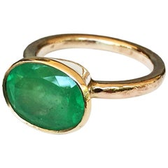 Rare Hammered Yellow Gold Emerald Ring Big 4.80 Carat Natural Colombian Emerald