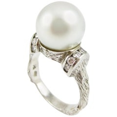 Twig Ring in 18 Karat White Gold with a South Sea Pearl and Diamonds