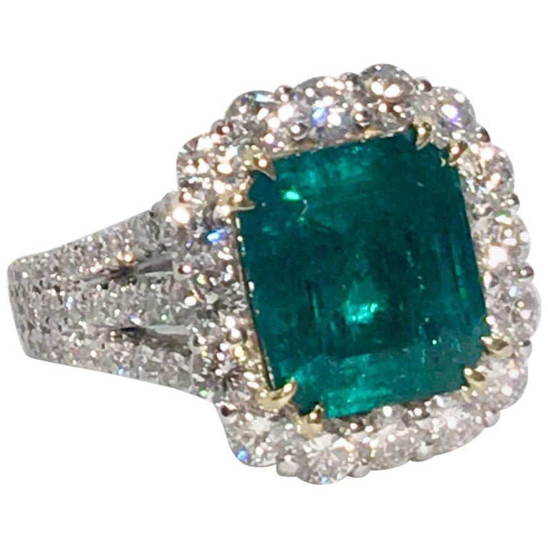 Finest Quality GIA Certified 3.69 Carat Colombian Emerald 2.7 Carat Diamond Ring For Sale