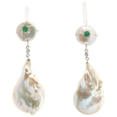 Pearl 18 karat White Gold Emerald Drop Earrings